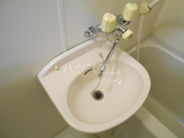 ZAK`S天神川 301号室の洗面所