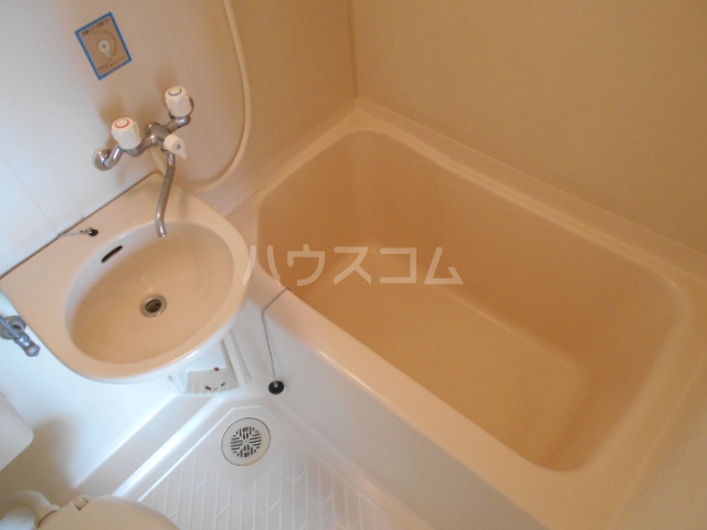 フラット6 405号室の風呂