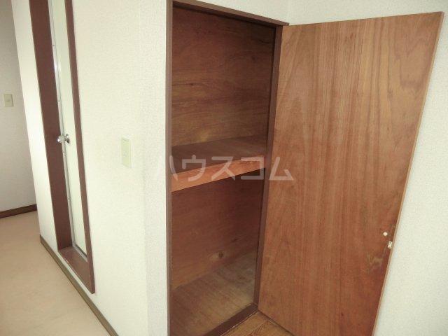 カサイハイム 102号室の収納
