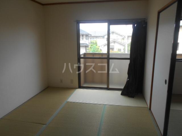 パストラルハイツ藤ノ木 202号室の居室