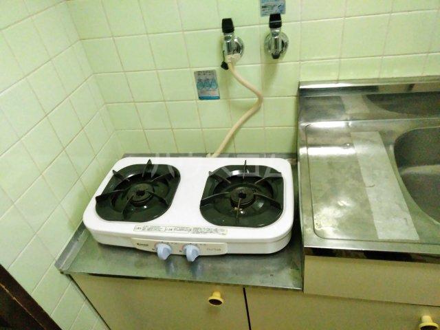 ハイライフ嵯峨 105号室のキッチン