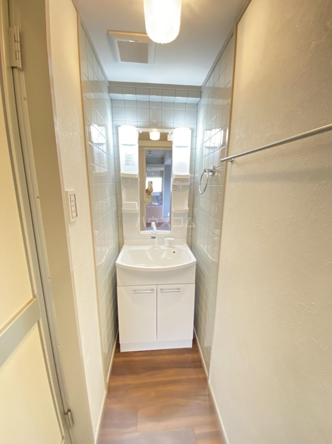 アクティハイム壱番館 304号室のトイレ