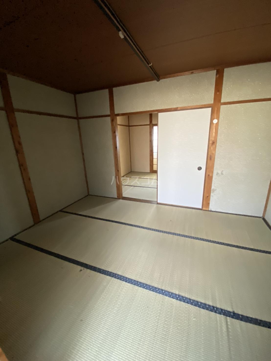 豊栄ハイツ 205号室のベッドルーム