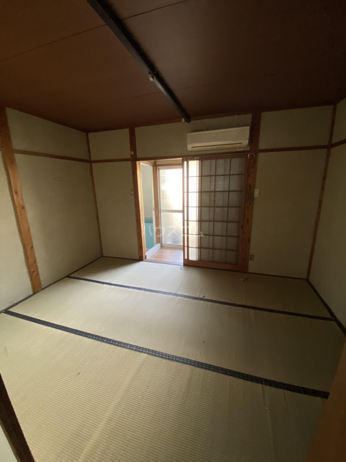 豊栄ハイツ 205号室の居室