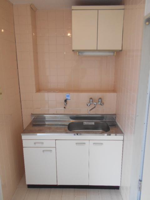 サバス太秦 303号室のキッチン