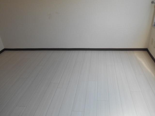 サバス太秦 303号室のその他