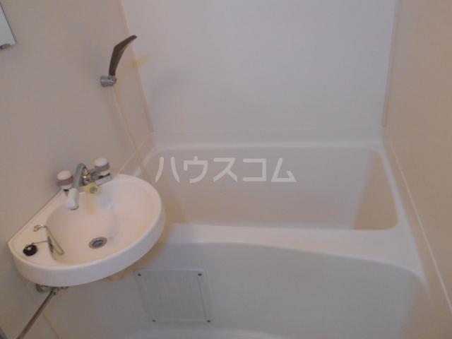 シティコーポ円町 303号室の風呂