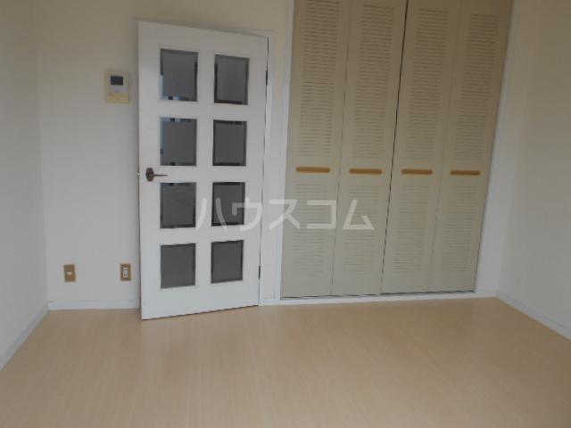 シティコーポ円町 303号室のベッドルーム