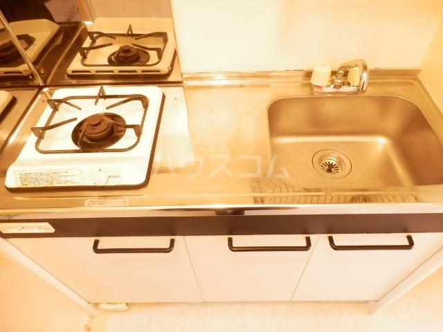 セジュールレジデンス 102号室のキッチン