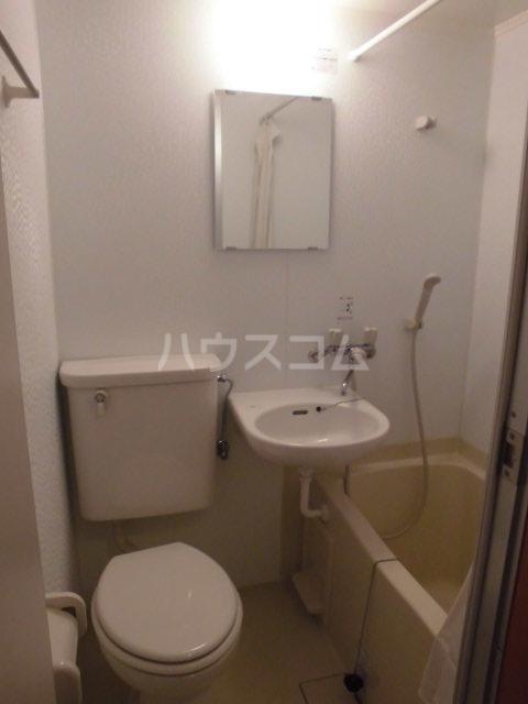 プランニングバングビル梅津 2C号室のトイレ