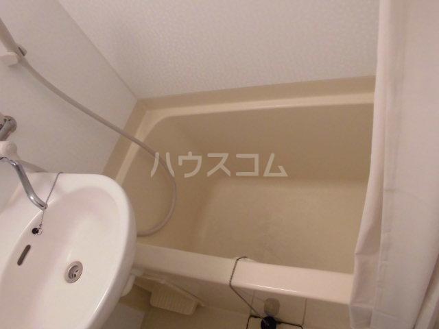 プランニングバングビル梅津 2C号室の風呂