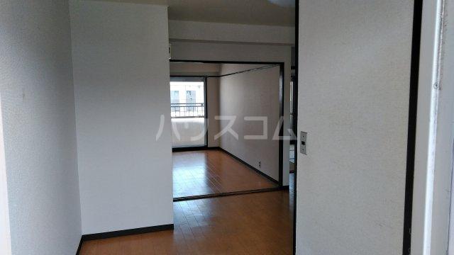 離宮リバーハイツ 302号室のキッチン