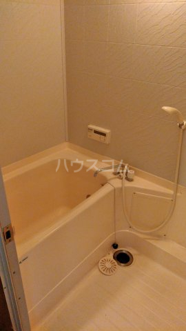 離宮リバーハイツ 302号室の風呂