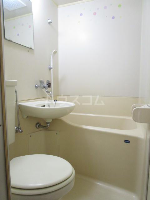 シャローム国分寺 303号室の風呂