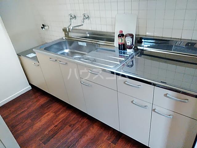 シーズン嵐山 202号室のキッチン