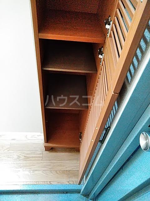 ハイムマエダ 305号室の玄関