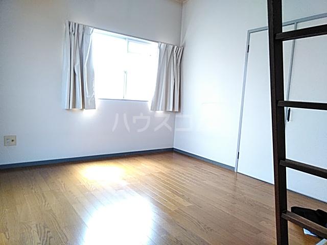 ハイムマエダ 305号室の居室
