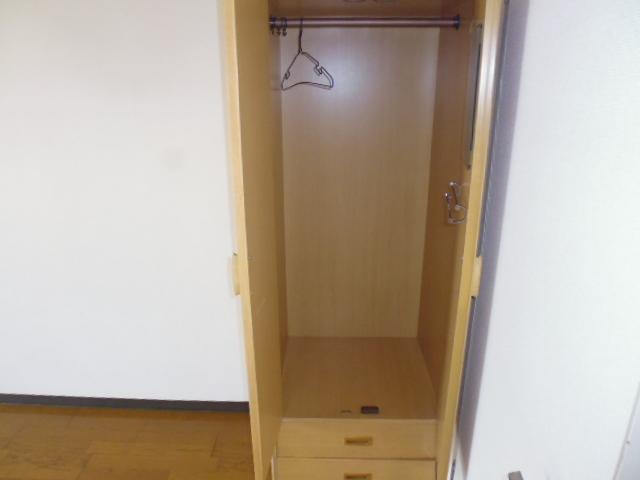グリーンヒル山田 205号室の収納