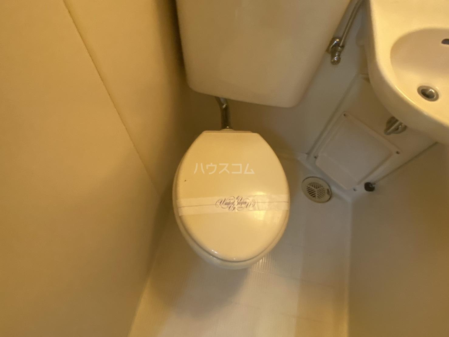 フリーピア鳴滝Ⅰ 103号室のトイレ