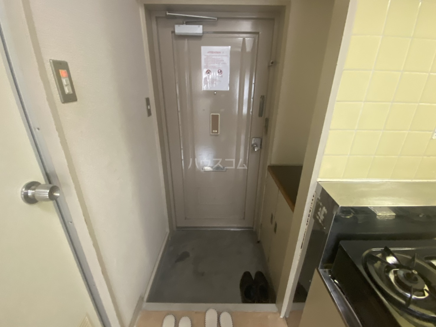 フリーピア鳴滝Ⅰ 103号室の玄関