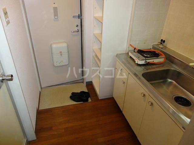 第一中原グリーンハイツ 206号室の洗面所