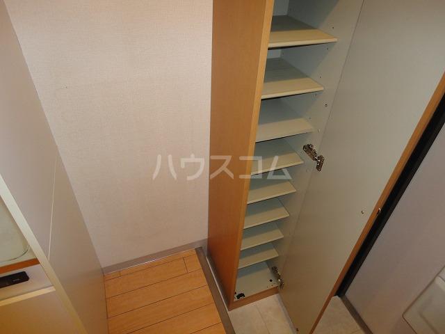 ソーシア桂 105号室の収納