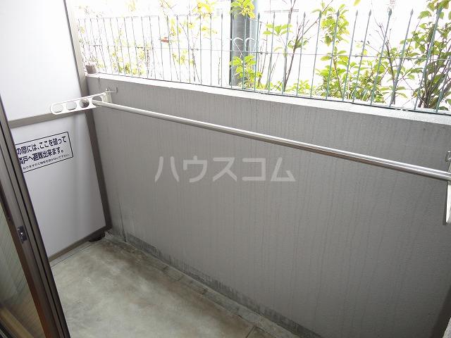 ソーシア桂 105号室のバルコニー