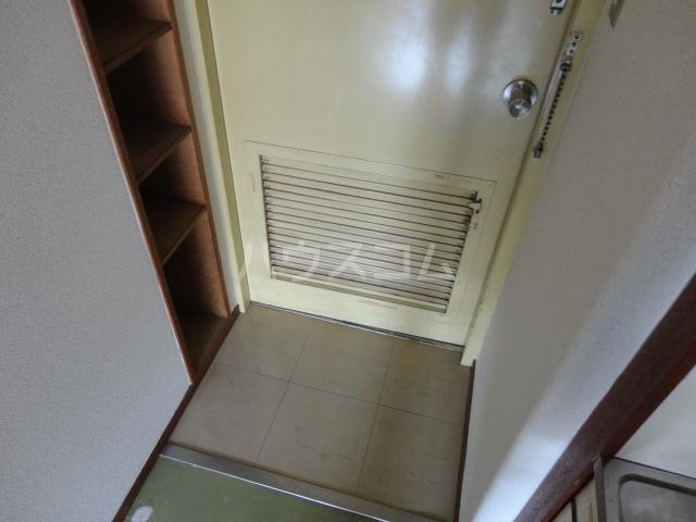 カツラフラット 102号室の居室