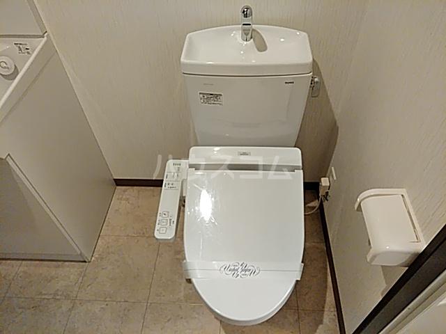 フラッティ丸太町御前 207号室のトイレ