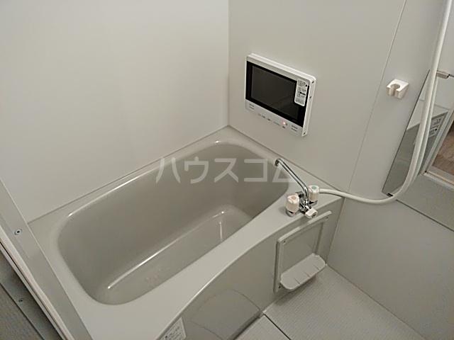 チェーズ高辻葛野西 301号室の風呂