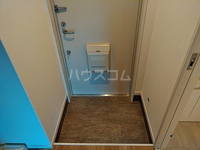 チェーズ高辻葛野西 301号室の玄関