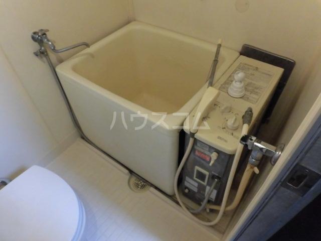 コーポサンフラワ 102号室の風呂