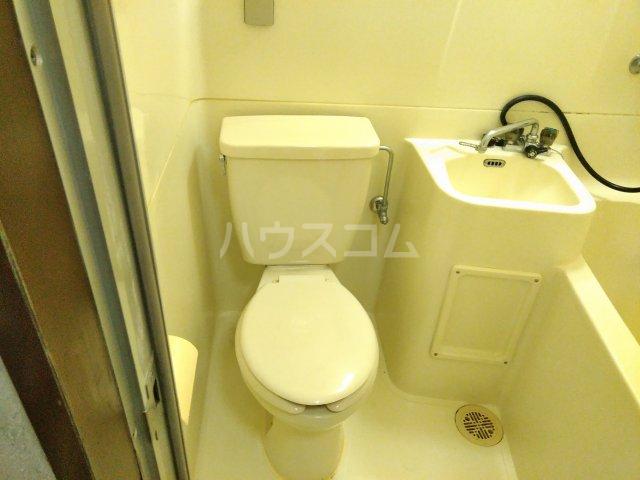 ハイライフ嵯峨 213号室のトイレ