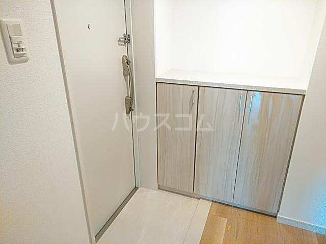 エスカーサ京都四条梅津 401号室の収納