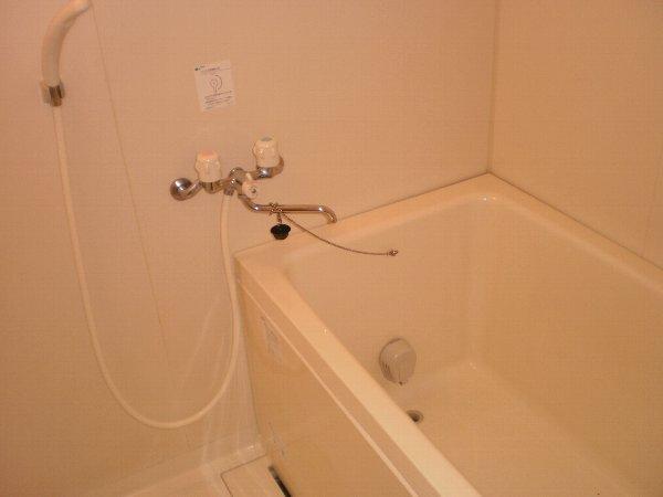 ヴァンヴェール小泉 205号室の風呂