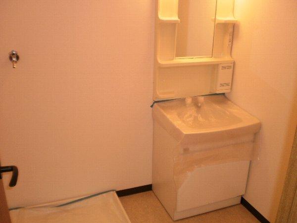 ヴァンヴェール小泉 205号室の収納