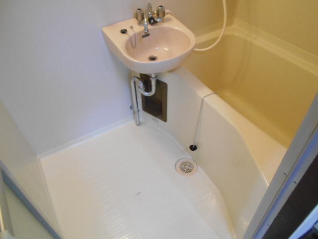 ラメールⅢ 205号室の風呂