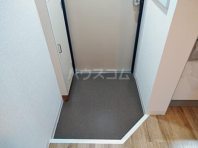 グレース桂 403号室の玄関