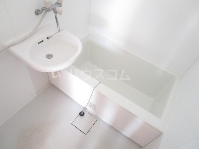 貫井北町5丁目 2F号室の風呂