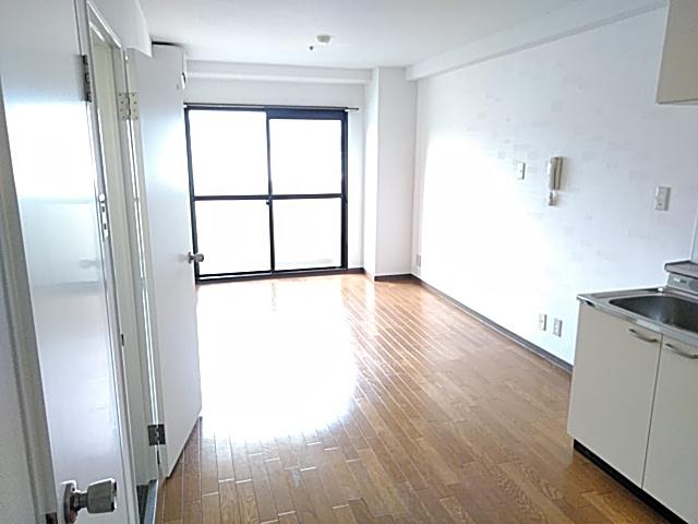 りきゅうハイツ 303号室のリビング