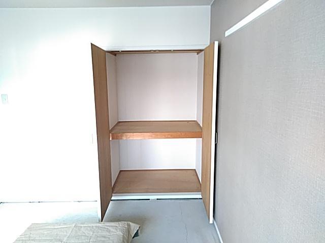 りきゅうハイツ 303号室の収納