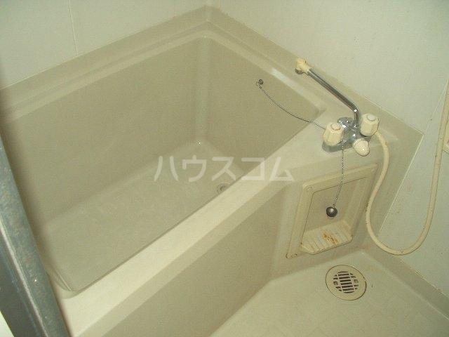 ベル・キャビンA棟 101号室の風呂