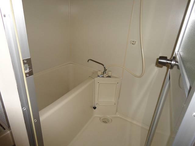 デアッシュ西京極 403号室の風呂