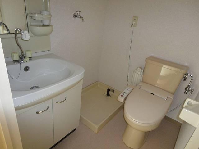 デアッシュ西京極 403号室の洗面所