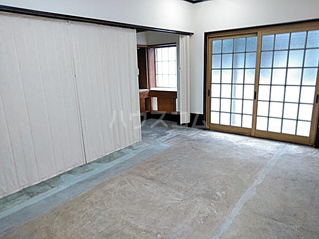 西京極店舗付き住宅のリビング
