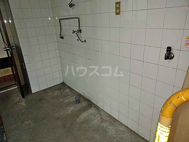 西京極店舗付き住宅の風呂