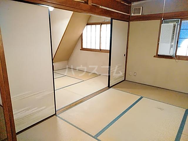西京極店舗付き住宅の居室