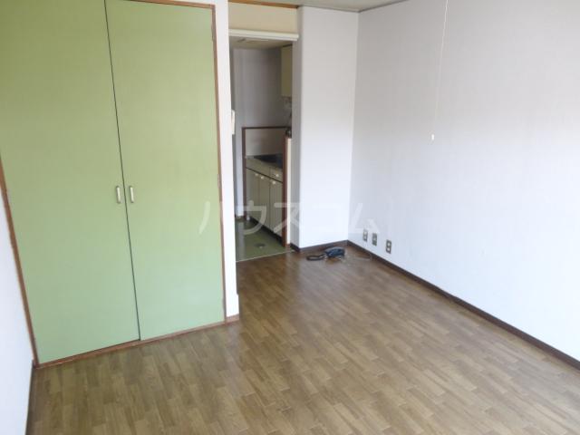カツラフラット 106号室の収納