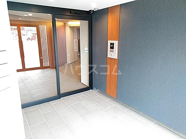 エグゼ京都西 102号室の玄関