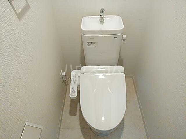 エグゼ京都西 102号室のトイレ